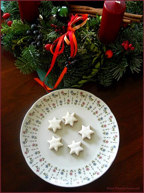 cinnamon stars by Petra Haemmerleinova